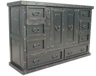 8 DRAWERS 2 DOORS CHEST